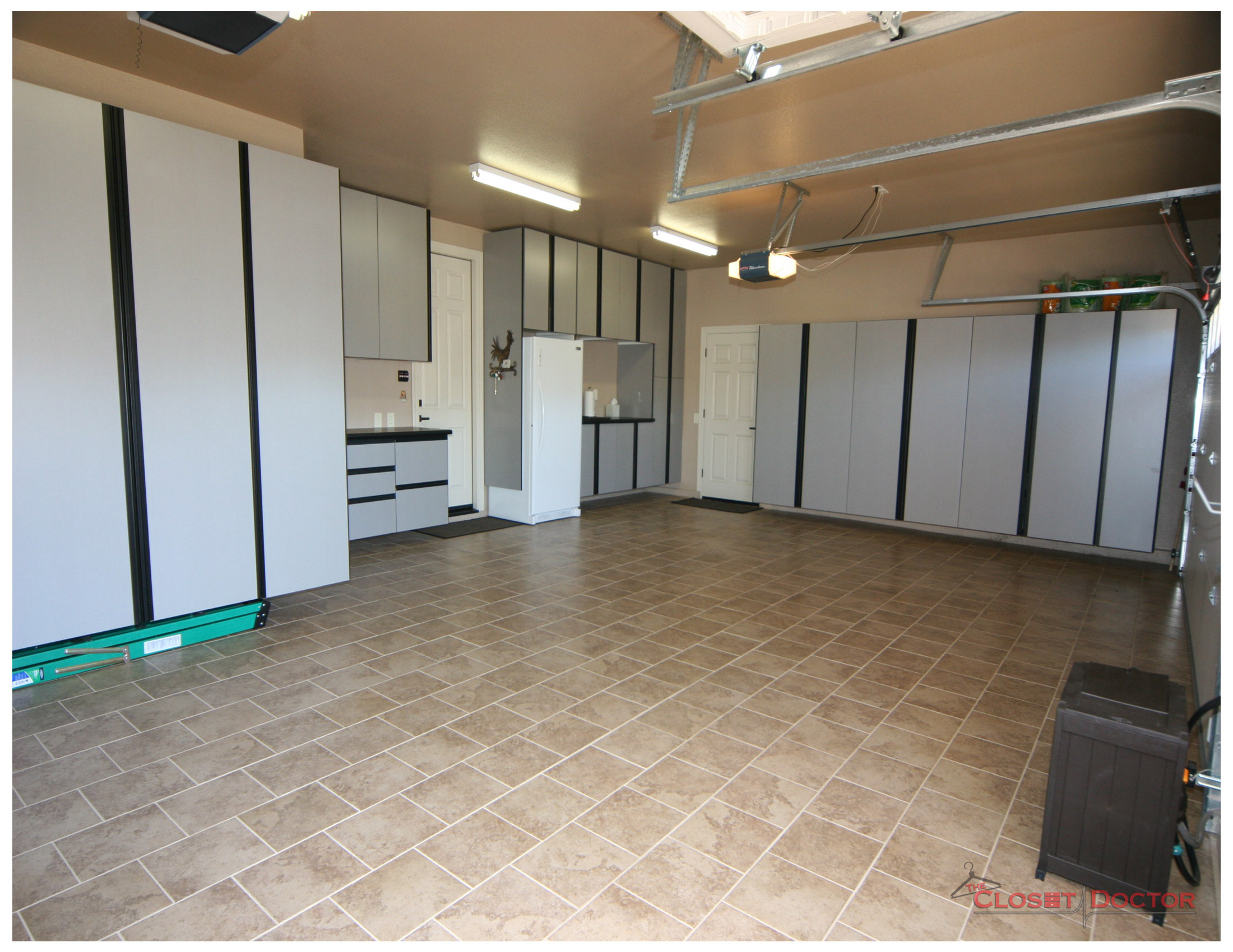 4-custom-garage-cabinets-the-closet-doctor-lincoln-roseville-sacramento.jpg
